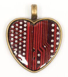 designer_ekszer_rekreacio_medal_sziv_rez_piros